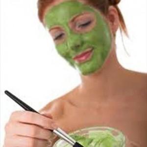 pepino y perejil para eliminar manchas en la piel